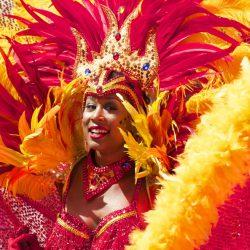 カーニバルの女性